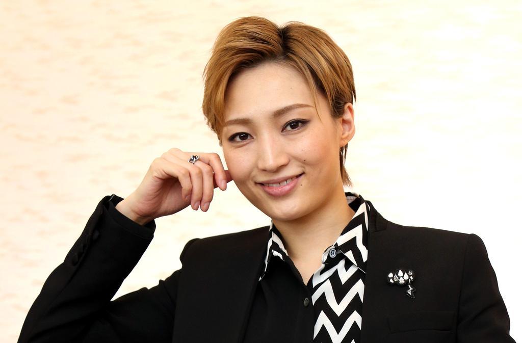 【宝塚歌劇団】望海風斗「新作に臨む気持ちで」 雪組公演「ファ…