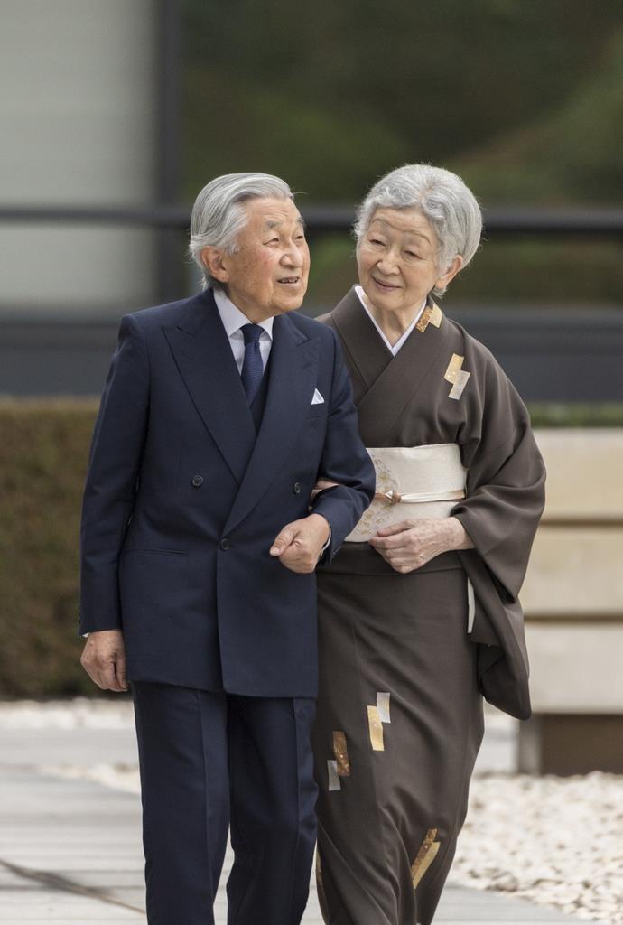 皇后さま84歳誕生日「新しい御代の安泰祈り続ける」 - 産経ニュース