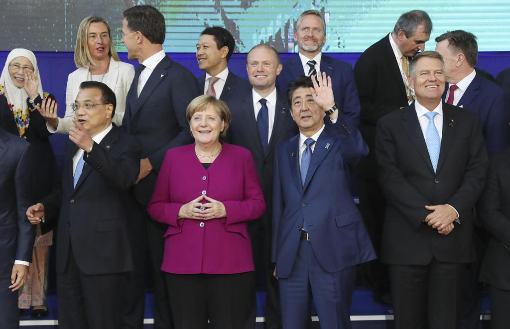 安倍首相、対北連携と海洋安保の...