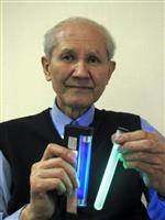 下村脩氏死去 08年ノーベル化学賞受賞 蛍光タンパク質を発見