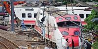 台湾・脱線事故 地検が運転士の拘束申請、保釈決定