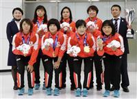 世界レスリングVの女子4選手が帰国、川井梨「一安心した」