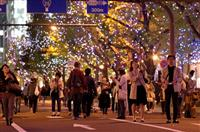 【動画】「大阪の冬の風物詩に」御堂筋で光の饗宴 イチョウ並木がライトアップ