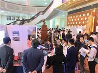 セキショウキャリアプラスがベトナムの大学で合同企業説明会