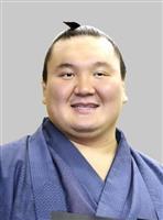 白鵬が九州場所休場 右膝手術の影響、宮城野親方「四股踏める状態でない」