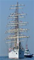 【動画】ポーランド帆船が大阪港に寄港、独立100周年で