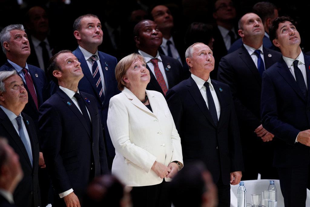 仏大統領「一国主義」牽制も足並...