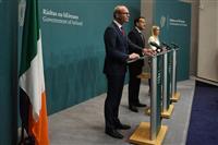 欧州委「決定的な進展」勧告へ 英閣議がEU離脱協定案承認で