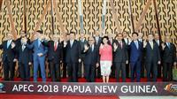 安倍首相が中韓首脳と接触 APEC会合の合間に挨拶
