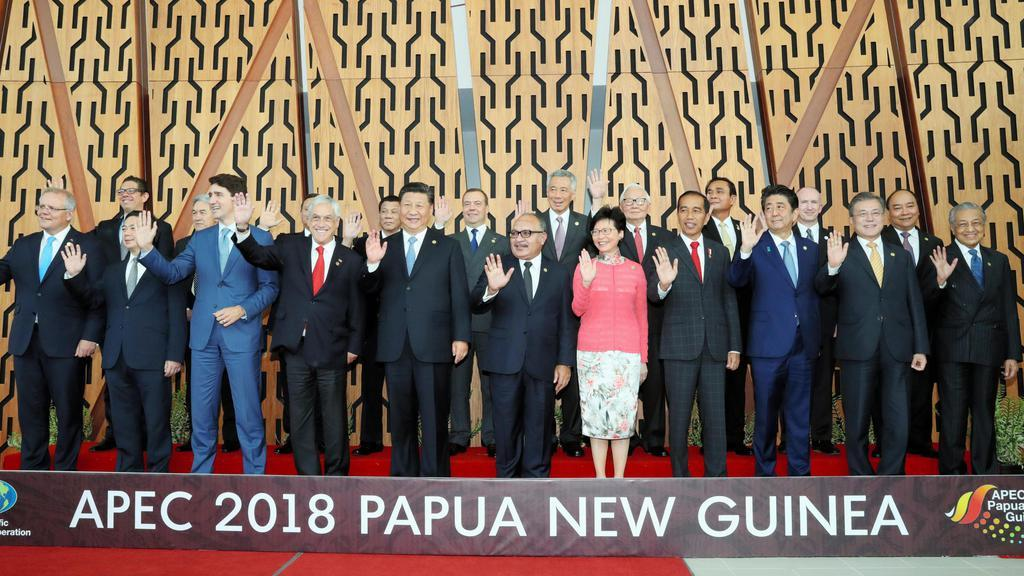 安倍首相が中韓首脳と接触 APEC会合の合間に挨拶 - 産経ニュース