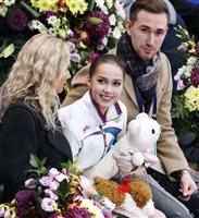 「まだ半分終わっただけ」 SP最高得点更新のザギトワ フィギュアロシア杯