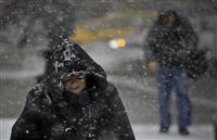 米東部、寒波や猛吹雪…8人死亡、30万戸が停電