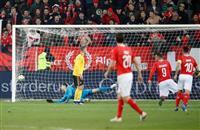 スイス、鮮やかにベルギー逆転 サッカー欧州ネーションズL