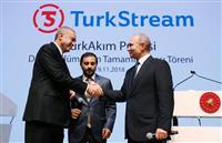 露トルコ「関係発展の象徴」 ガスパイプライン建設