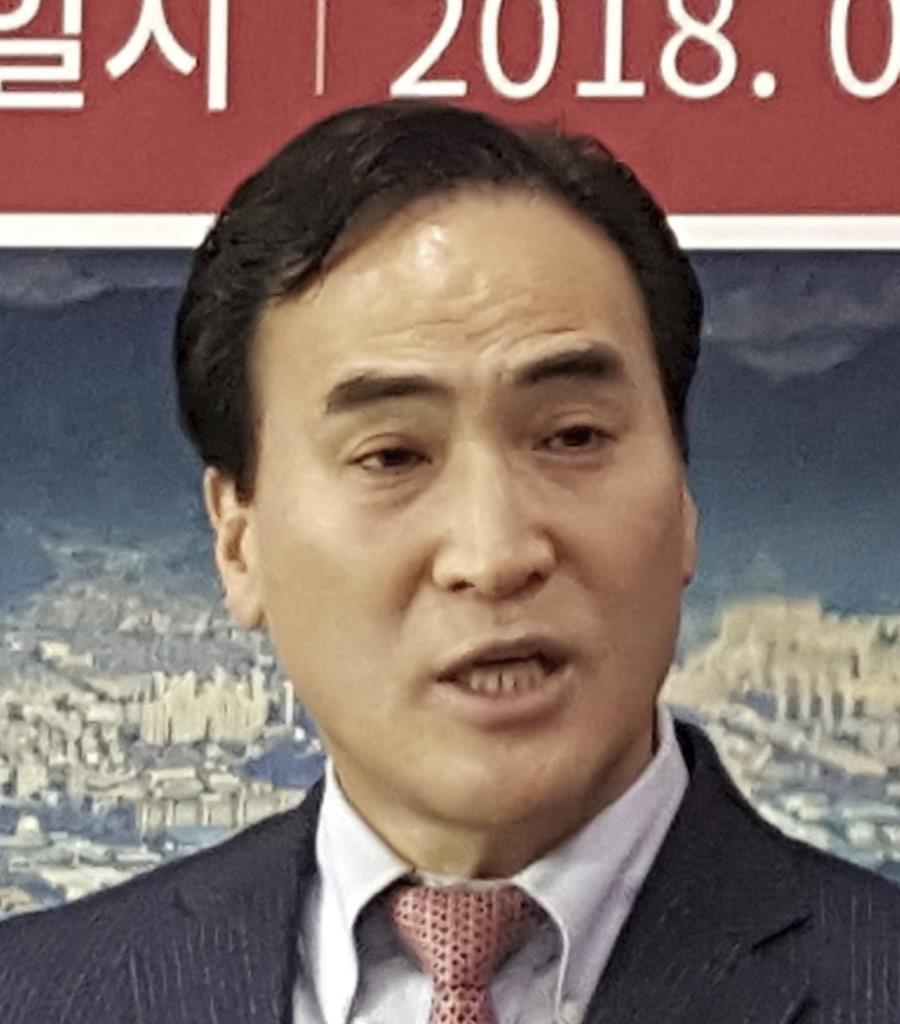 ICPOの新総裁に選出された韓国人の金鍾陽氏(AP)