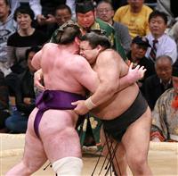高安が2敗を死守「明日も悔いのないような相撲を」 大相撲九州場所
