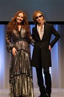 """世界的歌手が見たX JAPAN、YOSHIKIの""""素顔"""""""