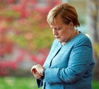 独首相の政府機が故障、G20遅刻