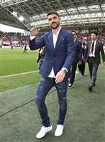 元スペイン代表FWビジャ、神戸のピッチに突如登場