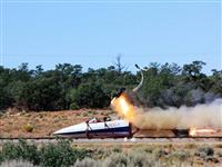 ほぼ超音速の爆撃機からパイロットが安全に脱出、新しい「射出座席」の驚きの仕掛け