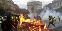 フランスのデモで630人を身柄拘束 地方都市にも拡大