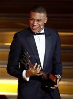 「コパ賞」のエムバペ、受賞に喜び 「とても誇りに思う」