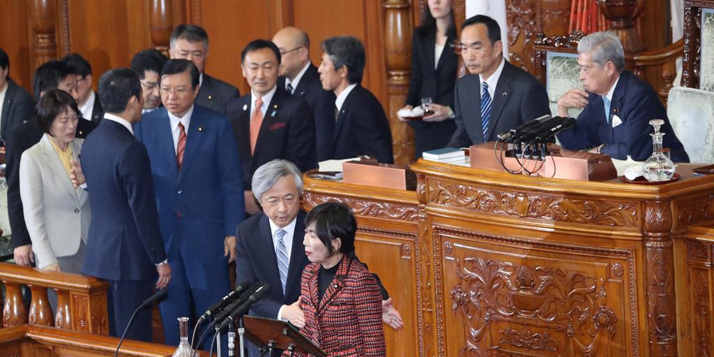 入管法改正案成立へ 首相問責案...