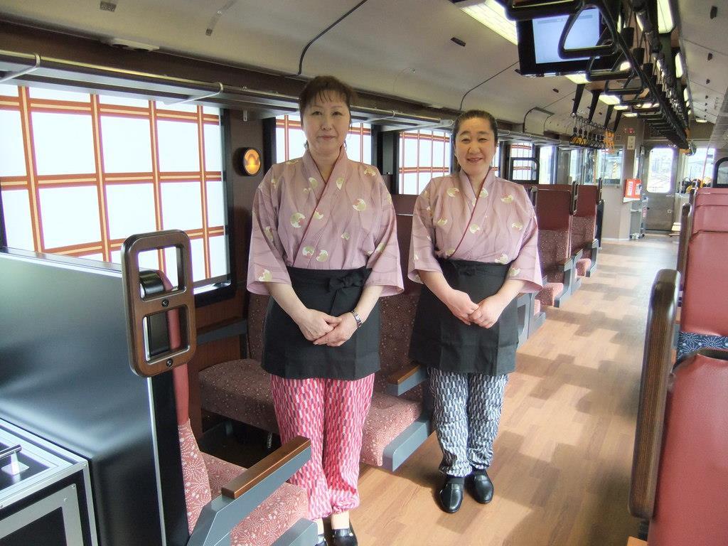 【制服図鑑】ふるさとをイメージした観光列車「おいこっと」 制…