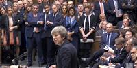 メイ英首相 11日のEU離脱案採決を延期 「安全策」でEUと緊急会談 反対派説得に全力