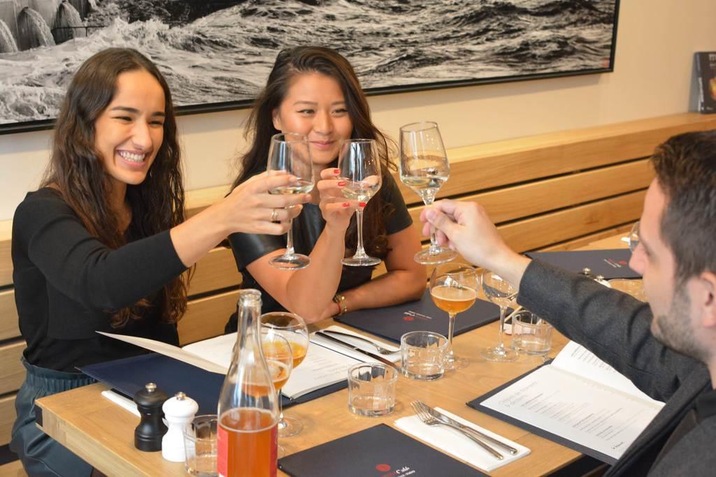 「SAKE」人気 ワイン王国のフランスで醸成中