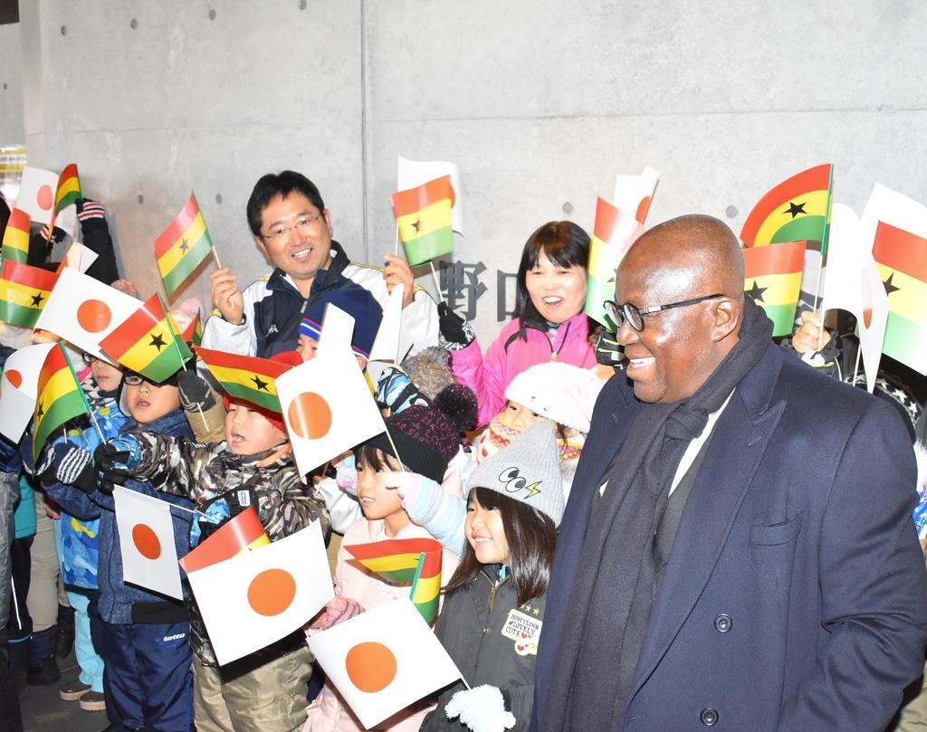 ガーナ大統領が野口英世記念館訪問 「先生の業績に感激」