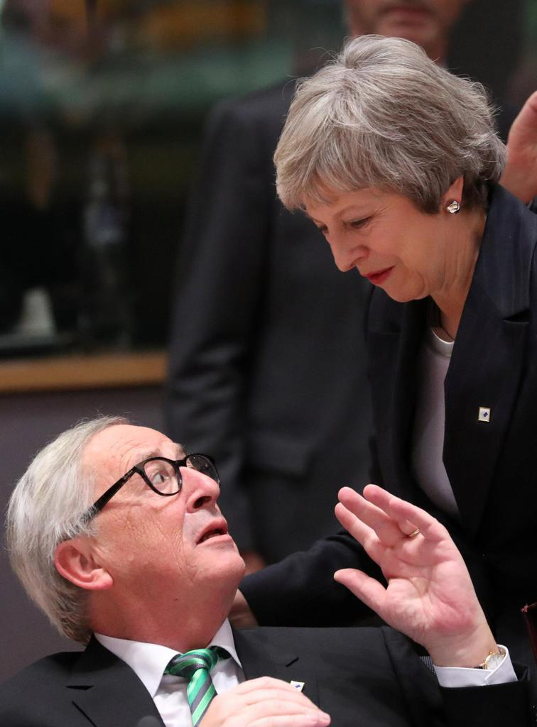 英関税の同盟残留は「一時的」 EU、首脳会議で配慮
