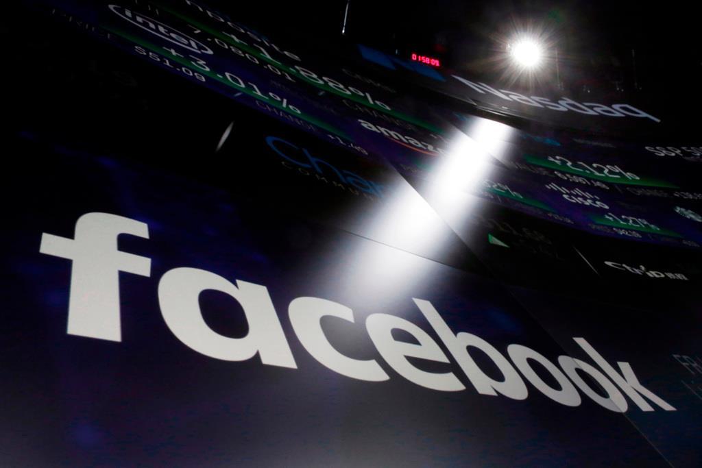 フェイスブック、最大680万人の写真流出の恐れ