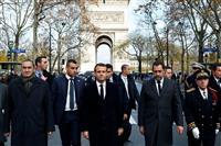 仏、来年からデジタル課税 デモに押され財源確保
