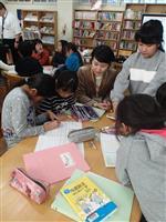 大阪北部地震半年 被災地の小学校で防災新聞づくり