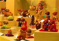 「とっても亥~ですね」 鳥取市・わらべ館で干支の郷土玩具展