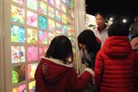石巻と東京つなぐ「光の箱」 復興の願い込め子供ら制作