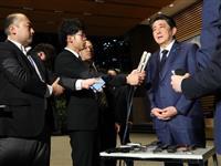 安倍首相、津波被害でジョコ大統領に弔意