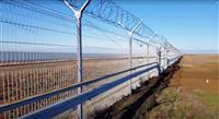 """露、クリミアに""""国境""""フェンス完成 実効支配強化"""