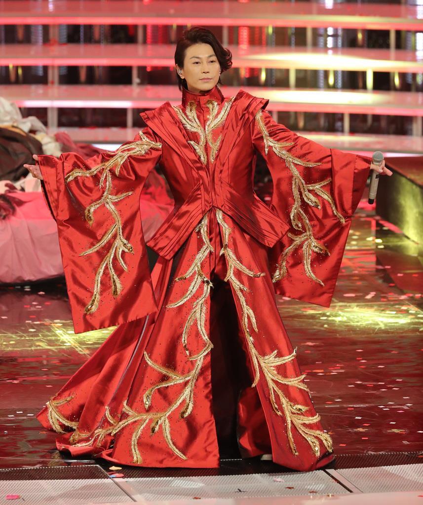 最新版】氷川きよしの紅白歴代衣装がすごい!2019年の限界突破版