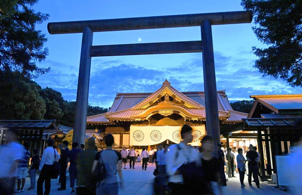終戦の日の靖国神社=昨年8月15日午後、東京・九段北(酒巻俊介撮影)
