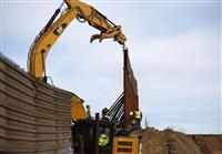 国境の壁建設、トランプ氏の大統領就任後の延長着工なし
