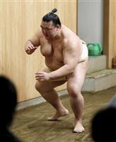 稀勢の里の師匠、田子ノ浦親方「気持ちは前向きだ」