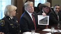 米政府機関閉鎖、過去最長に トランプ大統領、非常事態宣言「今はやらない」