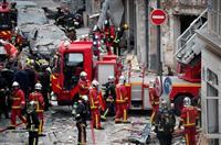 パン屋大爆発、2人死亡 パリ