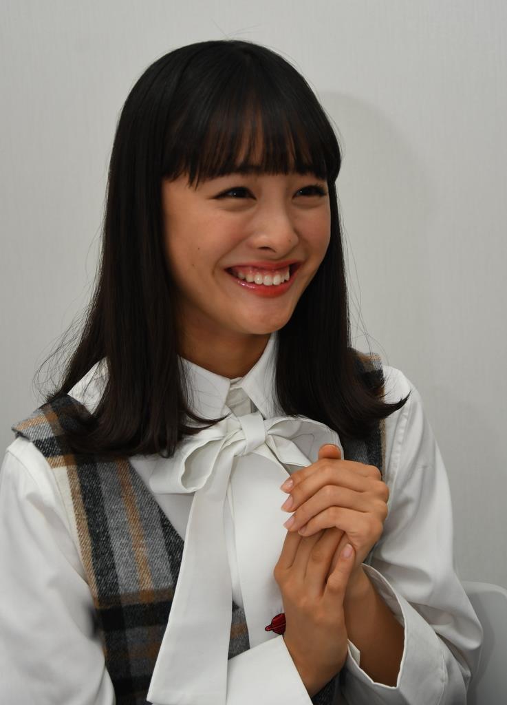 連続ドラマ主演が決まった大友花恋さん=昨年12月、東京