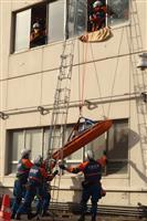 【阪神大震災24年】大阪府警が負傷者救助訓練