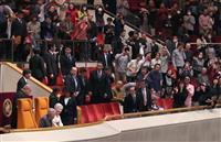 両陛下、大相撲ご観戦 平成最後の「天覧相撲」