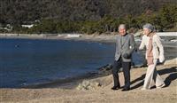 両陛下、御用邸裏の海岸もご散策 住民らとの交流お楽しみに