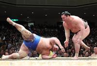 白鵬、9連勝 千代の国が勝ち越し 大相撲初場所